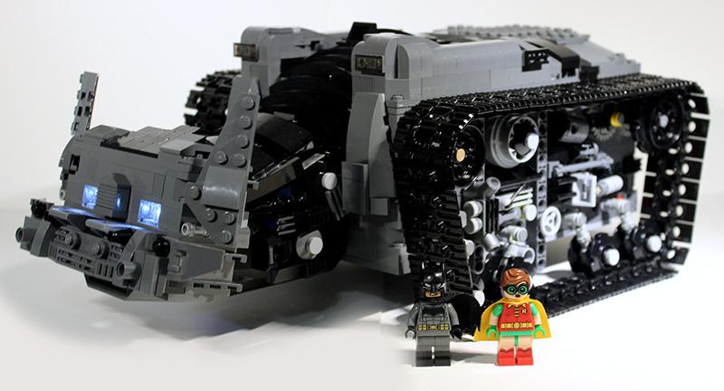Bat-Tank_01.jpg
