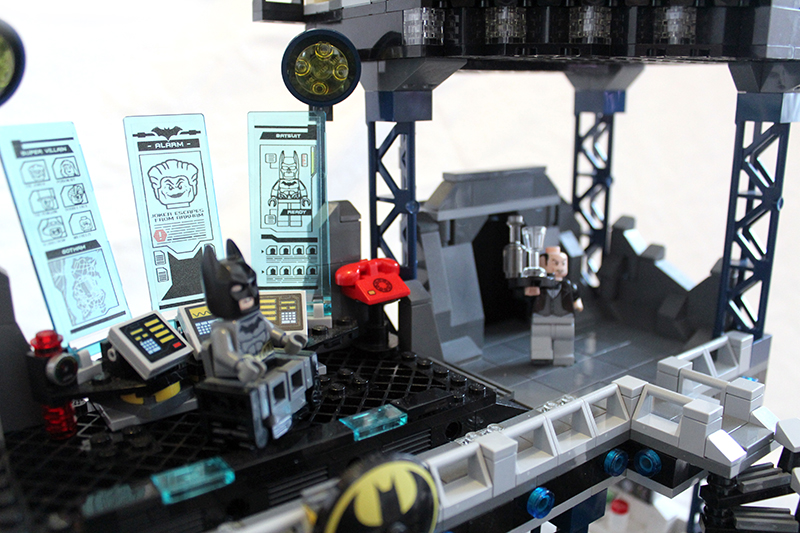 MOC] BatCave by LeaG - LEGO Licensed - Eurobricks Forums